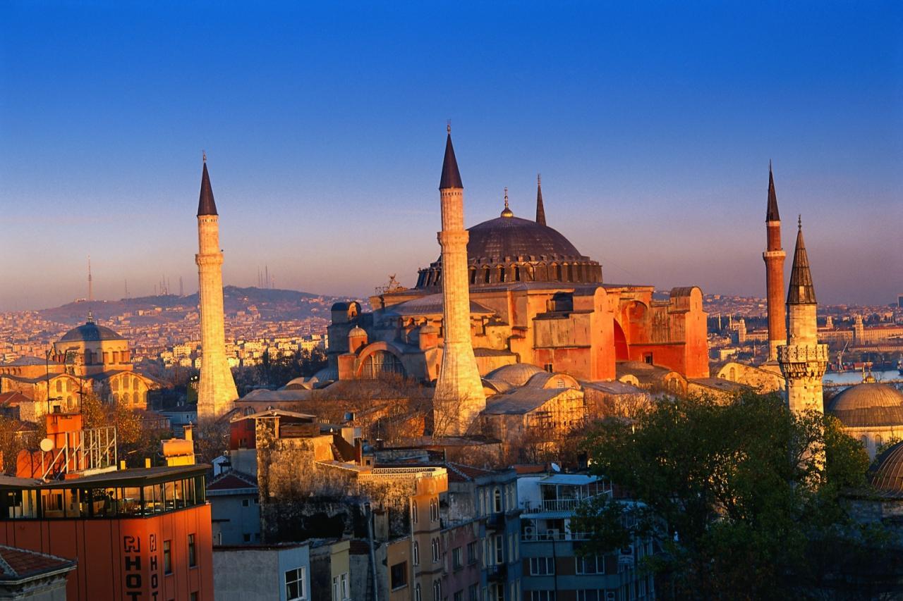 صورة تعبير بالانجليزي عن مدينه تركيا , موضوع مقالي عن تركيا بالانجليزي