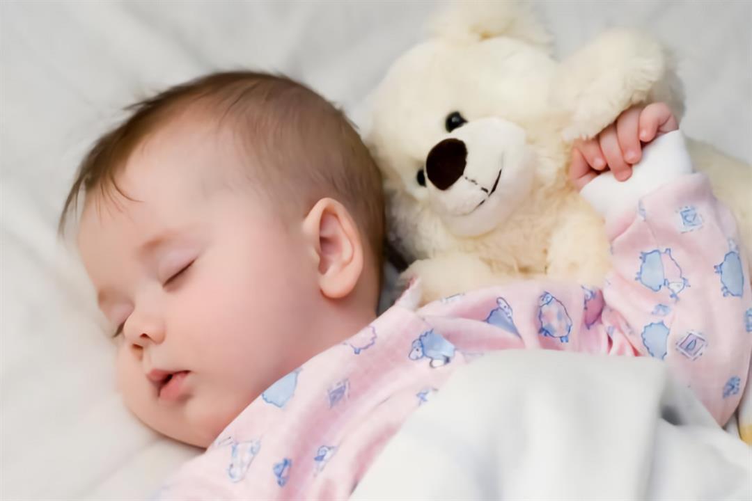 صورة النوم الكثير للاطفال , طفلي دايما نايم