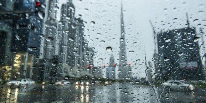 صورة رؤية المطر الغزير في المنام للعزباء , حلمت ان الدنيا بتمطر جامد