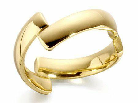 صورة خاتم خطوبة في المنام , ماذا لو كان مكسورا او بفصوص