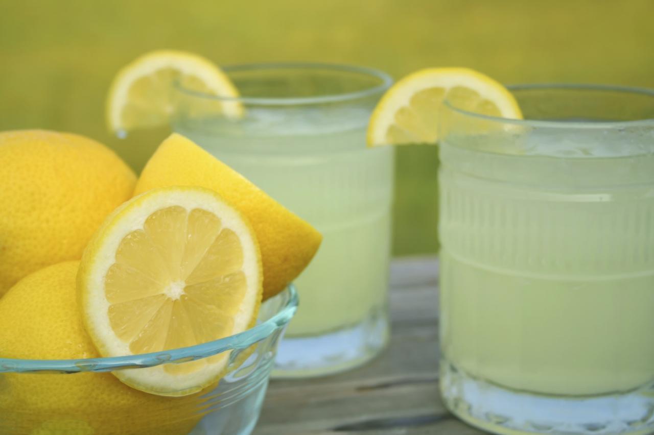 صورة فائدة الماء والليمون , اهمية عصير الليمون علي الريق