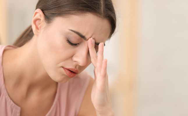 صورة صداع الحامل في الشهر الاول , اعراض مرضيه مع بداية الحمل منها الصداع