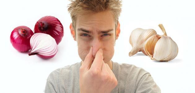 صورة يستخدم للتخلص من روائح الثوم والبصل , البقدونس وفعليتة في التخلص من رائحة الفم الكريهه للبصل والثوم