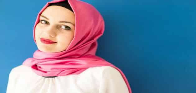 صورة تفسير حلم خروج بدون حجاب , خلع الطرحة في الحلم