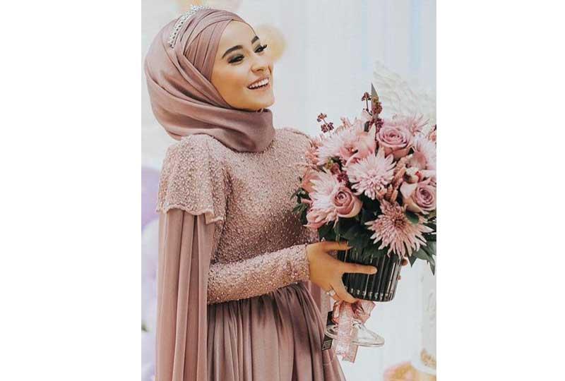 صورة لفات طرح سواريه بسيطة , تألقي بحجابك في مناسباتك المميزة