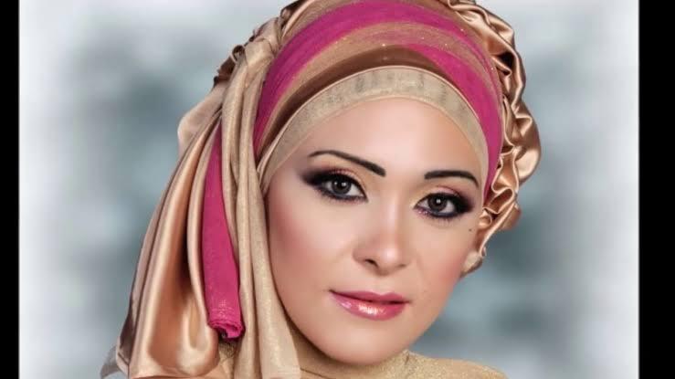 صورة لفات طرح سواريه بسيطة , تألقي بحجابك في مناسباتك المميزة 3314 15