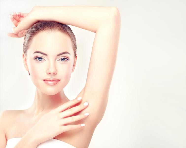 صورة احصلى على بشرة ملساء لمدة اطول , لتقليل نمو الشعر